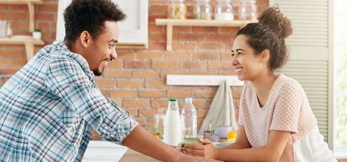 preguntas coquetas para hacerle a un chico - Flirty But Fun Questions To Ask a Guy