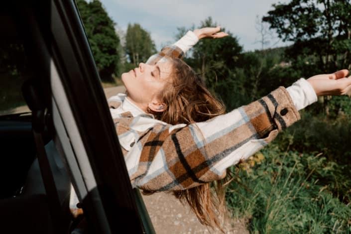 preguntas divertidas para conocer a alguien profundamente - ¿Qué es lo más espontáneo que has hecho últimamente?